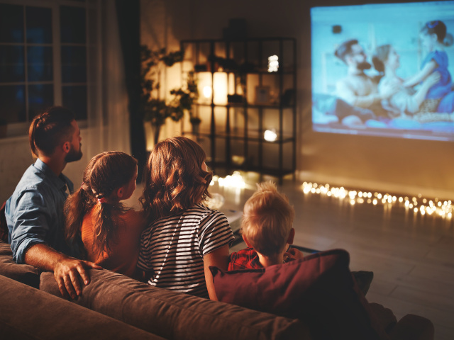4 Tips To Spruce Up Your Binge-Watching Habit