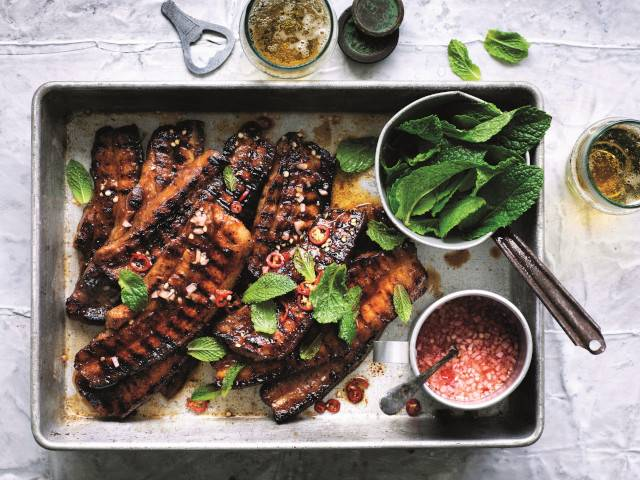 Quick barbecued pork belly