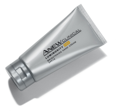 Anew Clinical Luminosity Pro Brightening Hand Cream