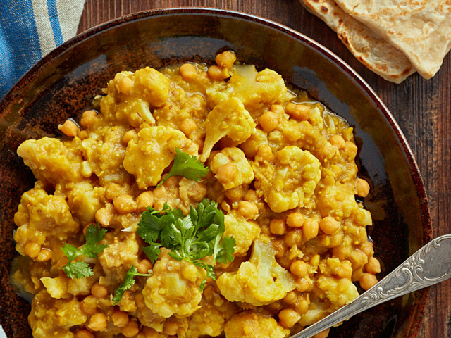 McKenzie's Cauliflower and Chickpea Curry