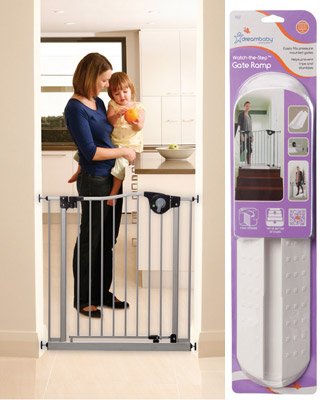Dreambaby Magnetic Sure-Close Gate with Watch The Step