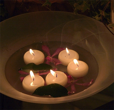 Floating Candles as Centerpieces