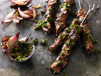 Argentinian Garlic and Oregano Lamb Skewers with Chimichurri