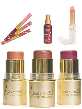 Fall In Love With Jane Iredale This Valentine's Day