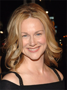 Laura Linney/Jindabyne, Man of the Year Interview