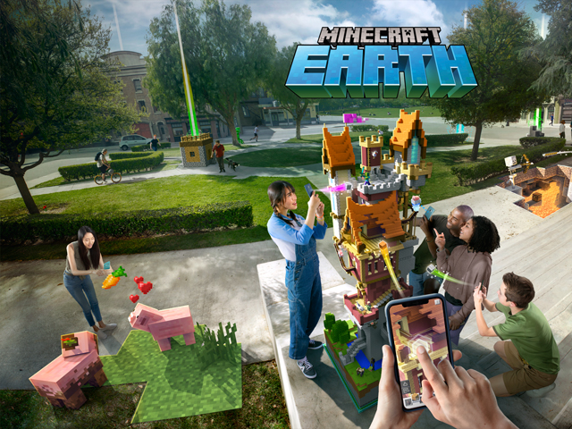 Life-Sized Minecraft Statues