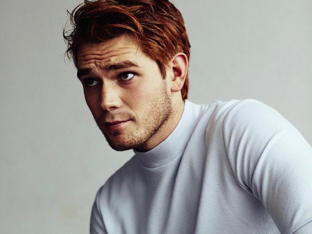 KJ Apa at Oz Comic-Con Sydney