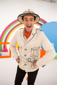 Sam Moran Play Along with Sam: Around the World Interview