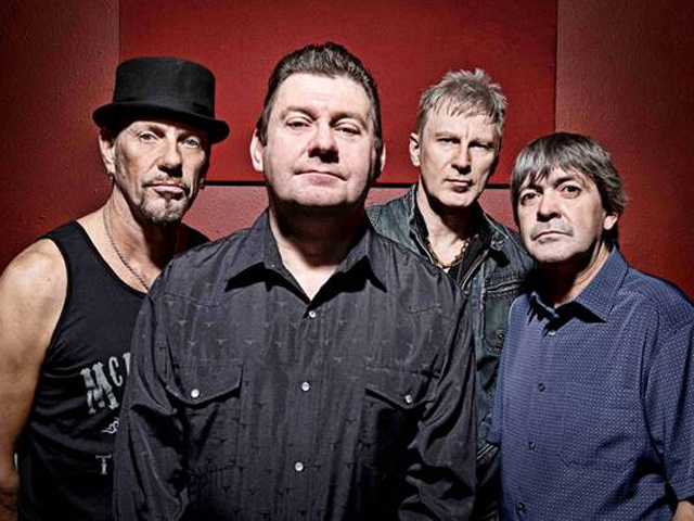 Stiff Little Fingers Tour