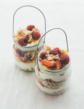 Macadamia Summer Breakfast in a Jar