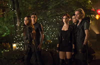 Lily Collins and Robert Sheehan The Mortal Instruments: City of Bones