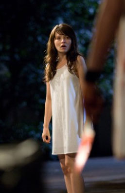 Emily Browning The Uninvited Interview 2