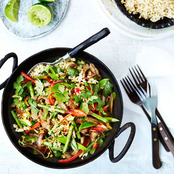 Beef Stir-Fry with Garlic, Ginger, Chilli and Basil