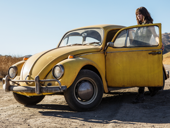 Bumblebee Director, Travis Knight Featurette