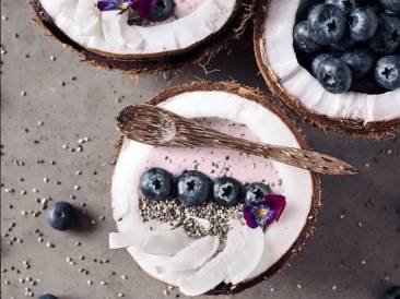 Iron Chef Shellie's Banana and Blueberry Bowl