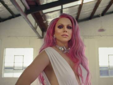 Get the Mardi Gras Look: Courtney Act's Colour Creation